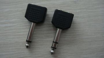 6.35MM Mono/Stereo Plug To 2 *3.5MM Mono/Stereo Jacks AD-5021